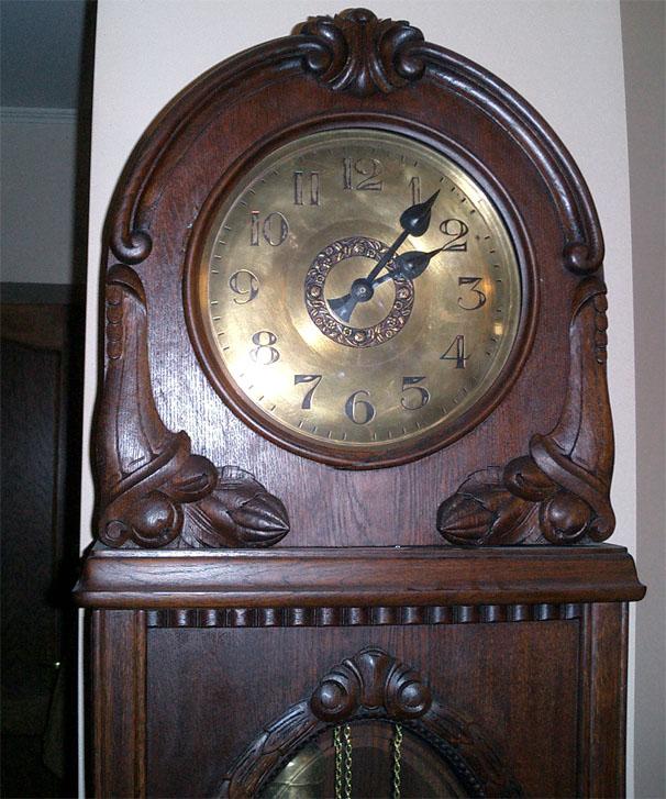 Беккер часы стоимость густав напольные спб в продам ориент часы